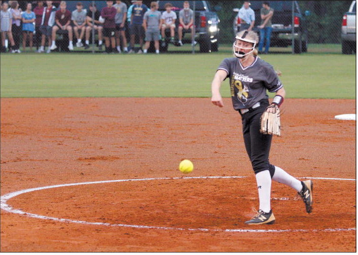 Indians Win In Extra Innings  Over Yellow Jackets